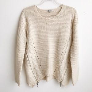 cozy casual Super cute cream knitted sweater